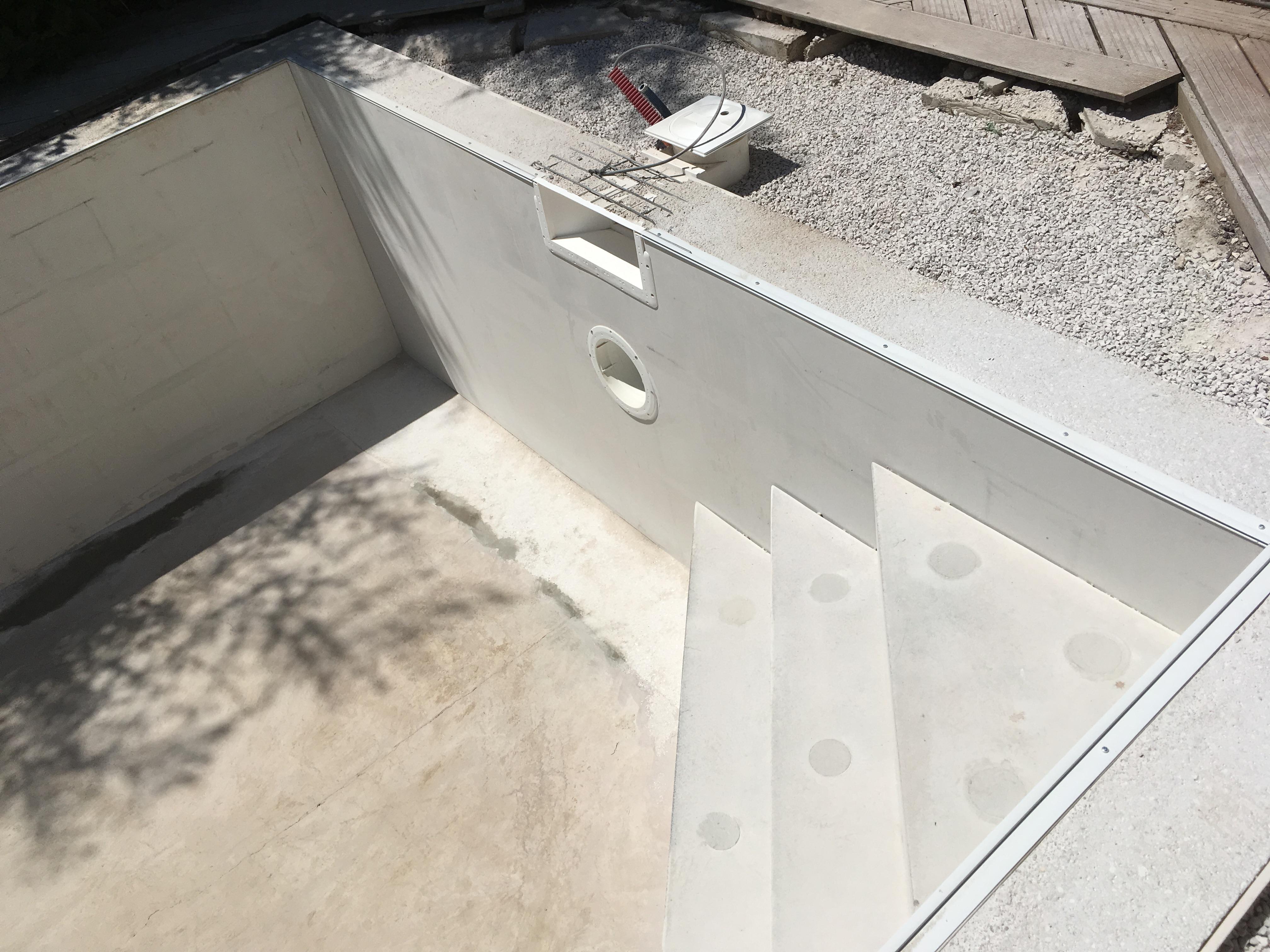 coulage beton piscine